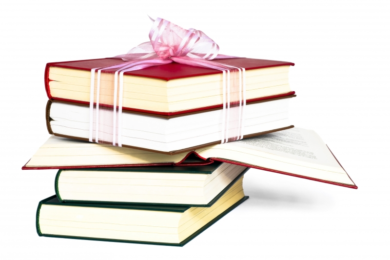 999370-book-gift